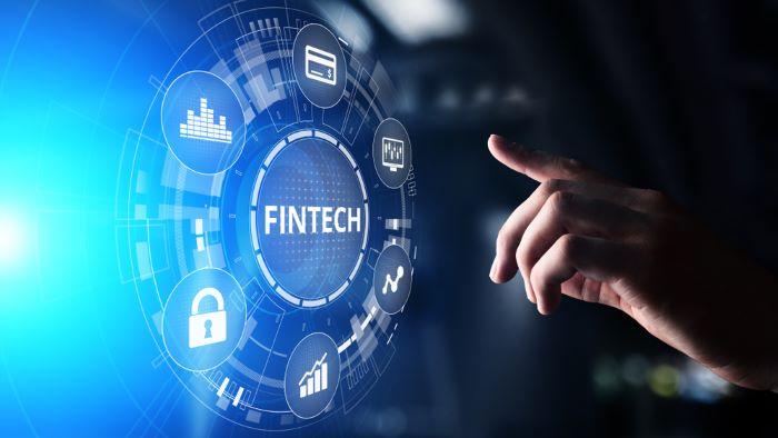 Fintech có tác động như thế nào tới hệ thống tài chính và ngân hàng?