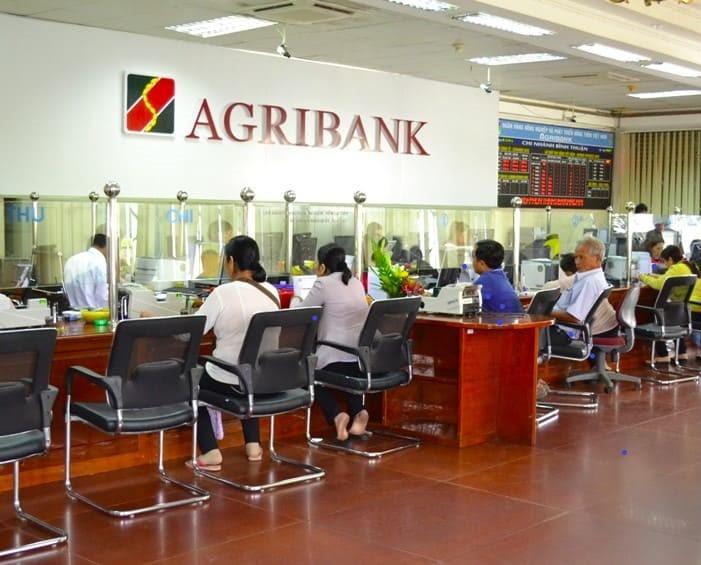 Giao dịch tại ngân hàng Agribank